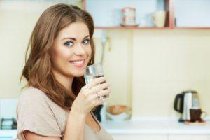 4 стакана воды после пробуждения — методика, не имеющая побочных эффектов!