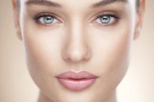 12 советов по макияжу, которые стоит усвоить к 40 годам.