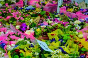 Обычный день в цветочном магазине