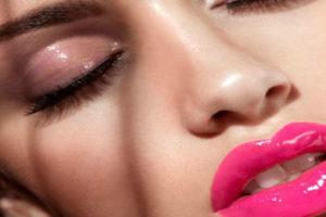 7 приемов в макияже, которые устарели и не модны