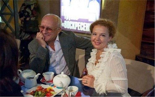 Любовь и жизнь 70-летнего актера Юрия Беляева и 43-летней Татьяны Абрамовой