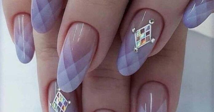 Несколько шикарных дизайнов ногтей: узнайте о маникюре больше