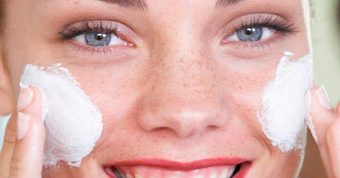 Как ухаживать за кожей лица? Простокваша, петрушка, морковь и другие домашние средства, которые отлично работают.